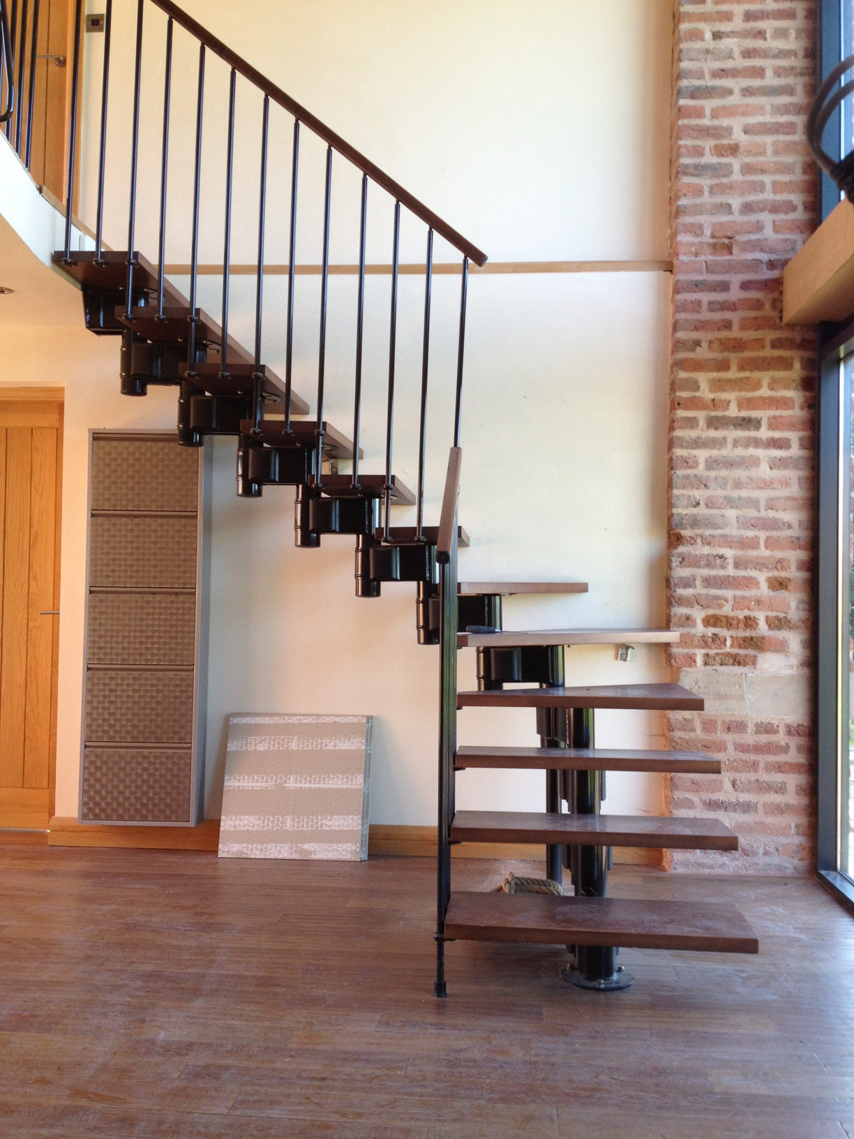 39 Floating 39 Oak And Glass Staircase